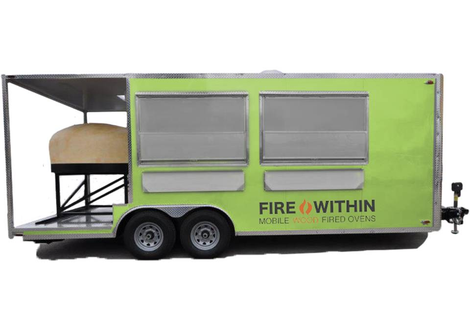 The Cucina 22ft | A fully-enclosed pizza restaurant on wheels